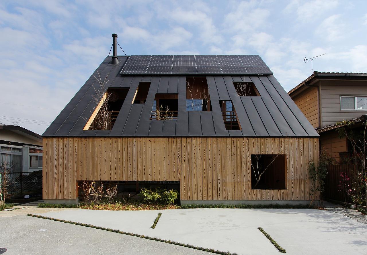 大屋根の実験住宅