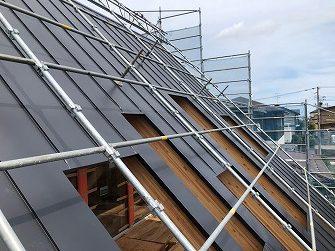 屋根工事完了です。