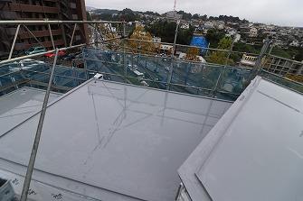 屋根防水工事完了です。