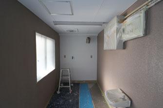 塗装工事が進んでいます
