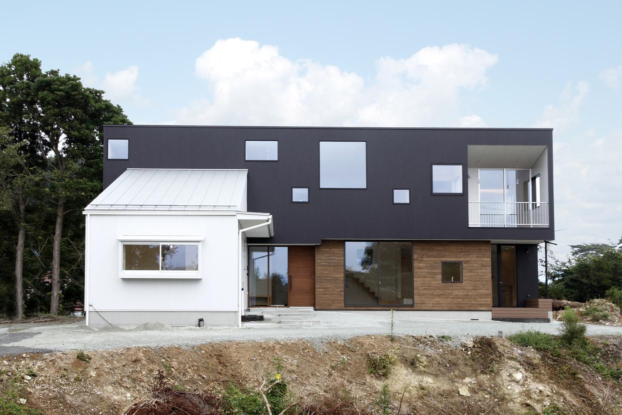 松川浦を望む家